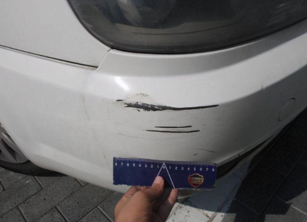 保险杠刮蹭有必要修吗?老司机和新手的做法截然相反
