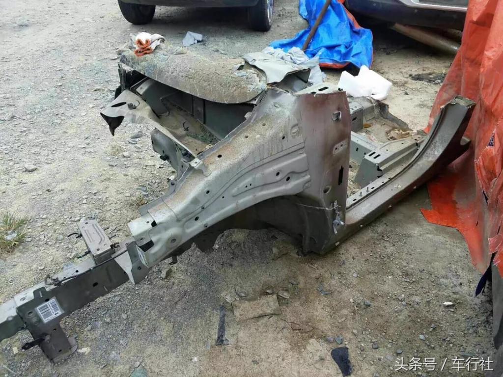 汽配人的一天(121)零零散散的别克事故车,全用来做拆车件