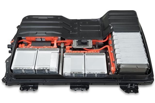 新能源汽车铅酸电池和锂电池哪个好